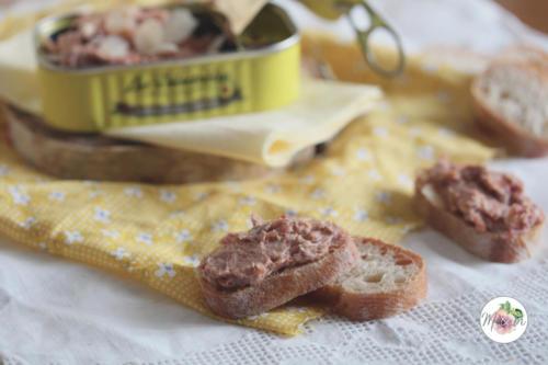 Rillettes sardine, tomates séchées et amandes