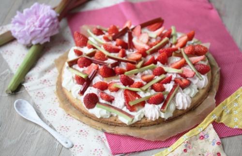 Gâteau rhubarbe & fraise, crème mascarpone à la vanille
